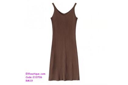 210706  Woman Sleeveless V-Neck Slim Fit Midi Simple Dress Black/Apricot/Coffee